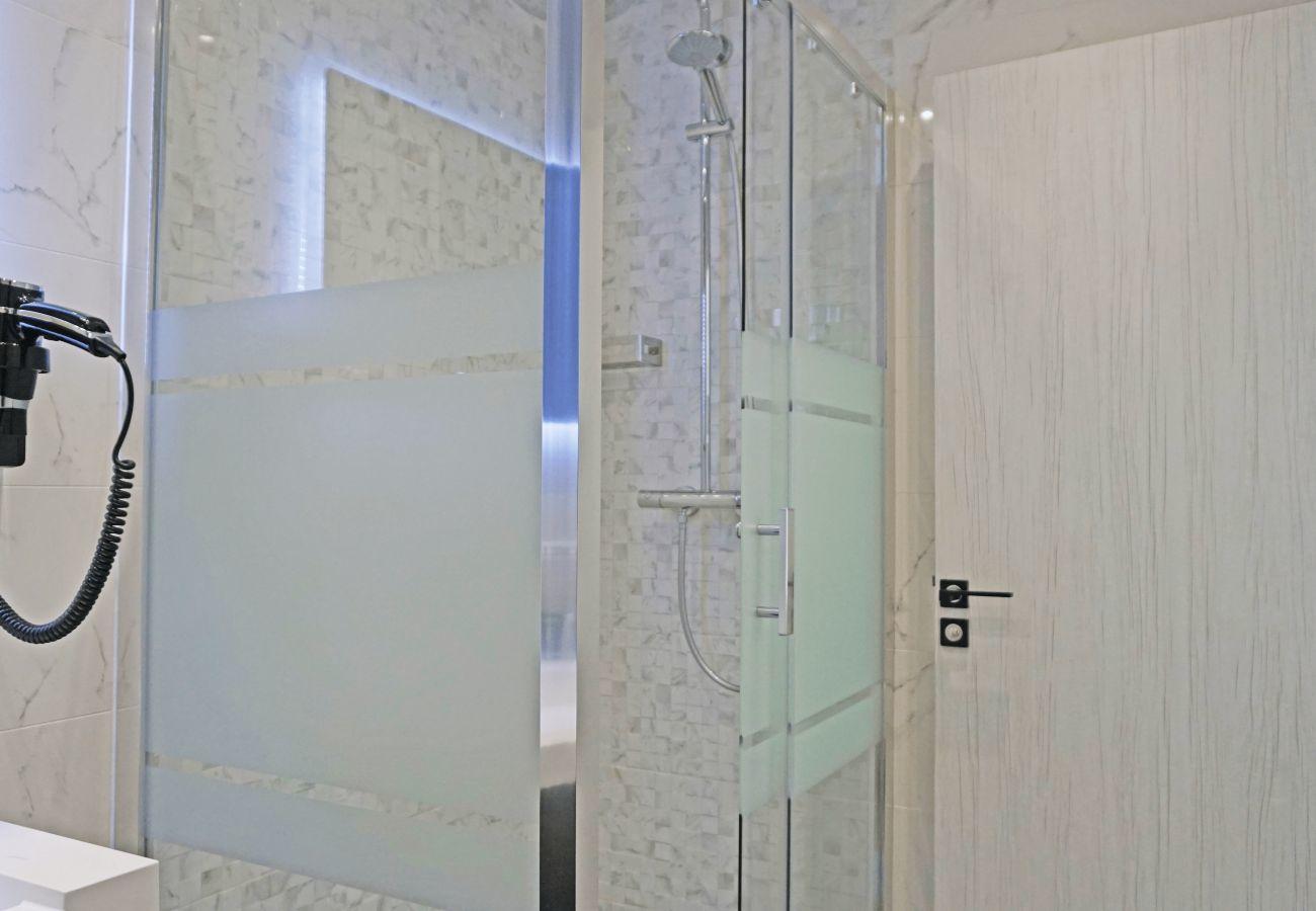 Apartamento en París - Avenue des Champs Elysées - Paris 8 - 108003