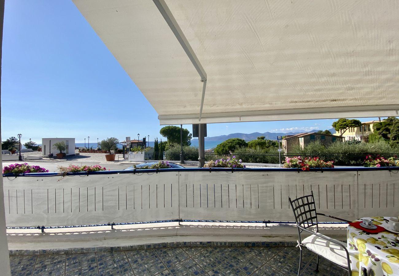 Appartamento a Sperlonga - Holidaycasa Mike - Con terrazzo vista mare