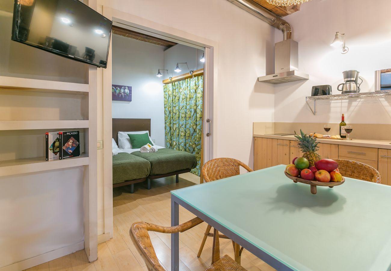 vista interior de apartamento de 1 quarto a 2 minutos da praia de Barceloneta
