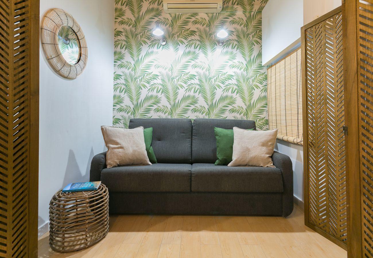sala de estar com sofá-cama confortável para 2 pessoas adicionais