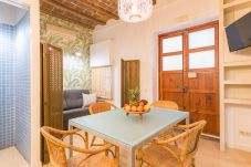 interior of 1 bedroom apartment 2 minutes from Barceloneta beach