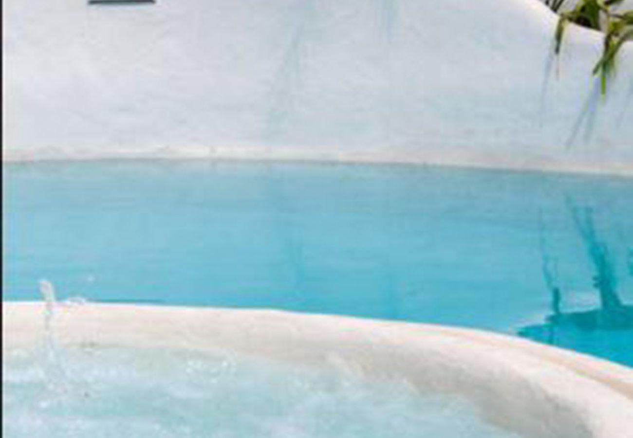 Villa in Torremolinos - villa saudi 8