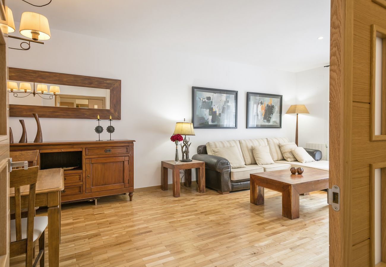 living room and dining room of the completely renovated family apartment near the Sagrada Familia